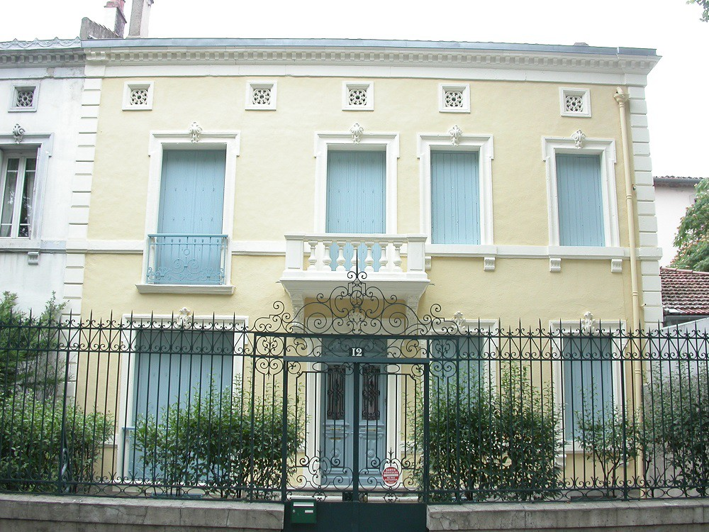 Peinture ext rieure archives jean yves bador for Decoration du facade orleans